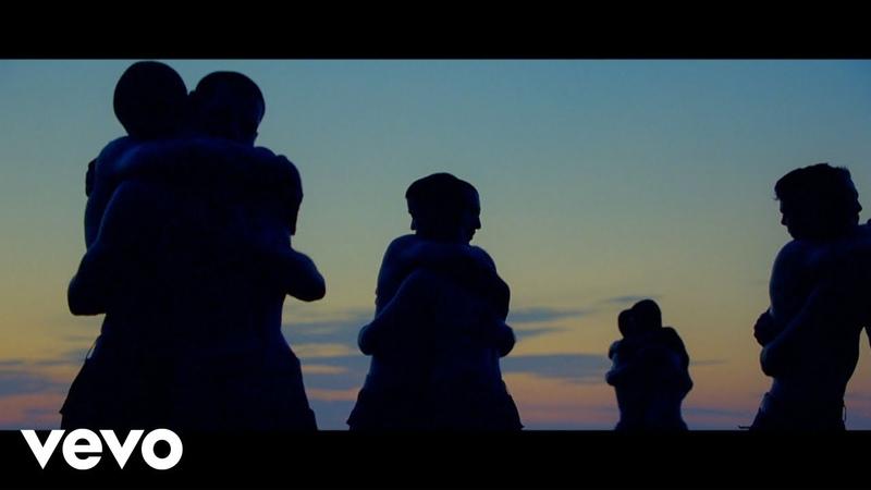Agoria Embrace ft Phoebe Killdeer official video
