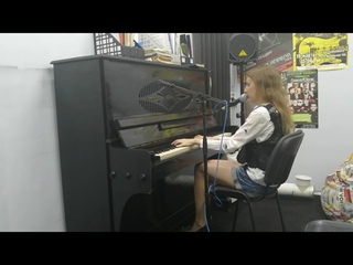 Smash Into Pieces - Let Me Be Your Superhero( live vocal and piano cover by Alina)
