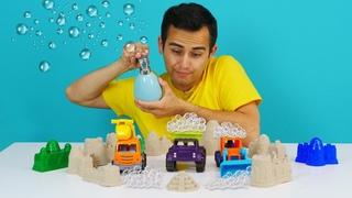 Okul öncesi İngilizce öğreniyoruz. Eğitici video. Oyuncak arabalar sabun satın alıyorlar