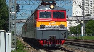 Сплотка двух электровозов ВЛ10У-1030 + ВЛ10У-697 из Волховстроя с приветливой бригадой!