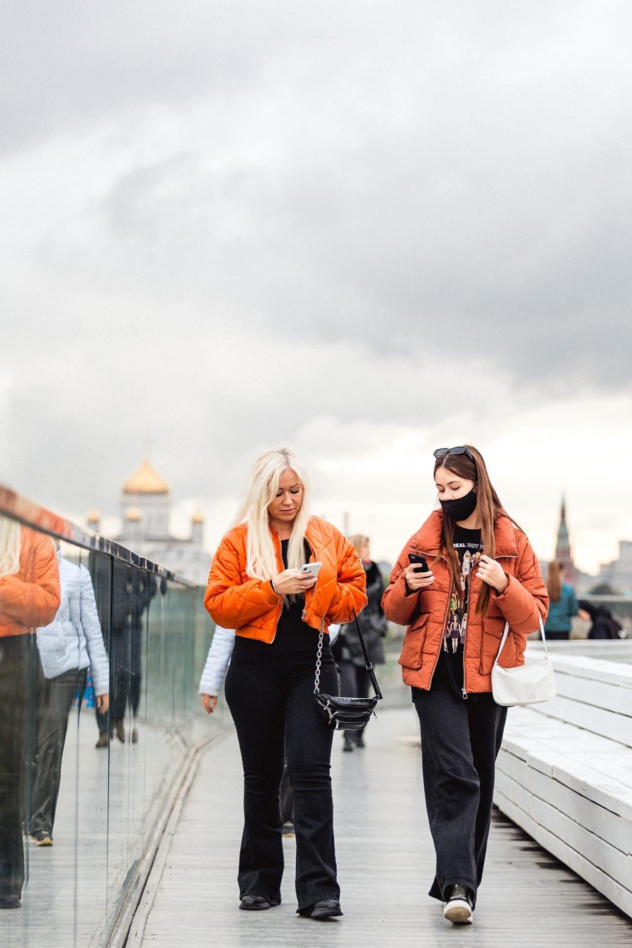 На страницах нашего виртуального альбома любимая рубрика: фотокарточки гостей