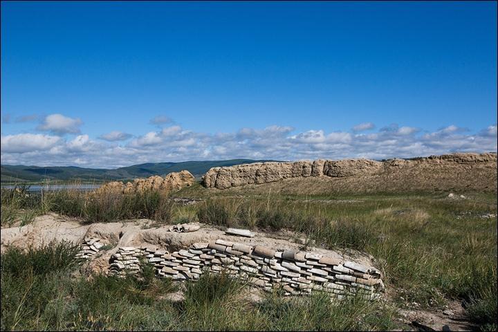 Тайна древней крепости Пор-Бажын, построенной на острове в сибирском озере, изображение №21