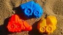 Грузовичок привез Формочки в Песочницу Видео для Детей про Куличики и Машинки
